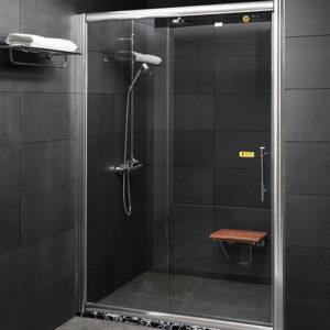 Phòng tắm kính Fendi Fkp 4X2